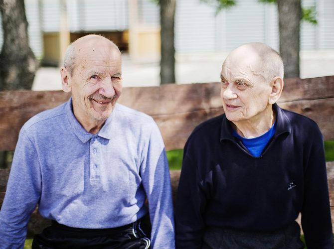Как устроить в дом престарелых лежачего больного дом престарелых работает